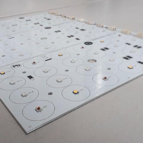 montaggio-schede-elettroniche4